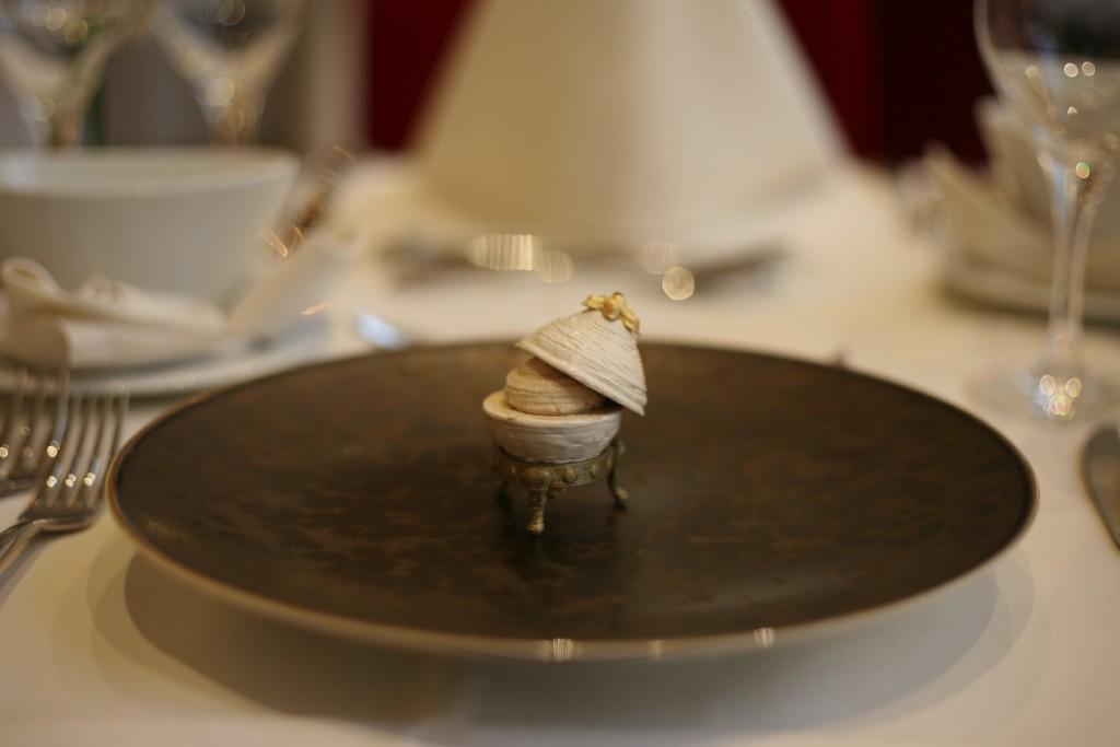 TNO Faberge egg - open