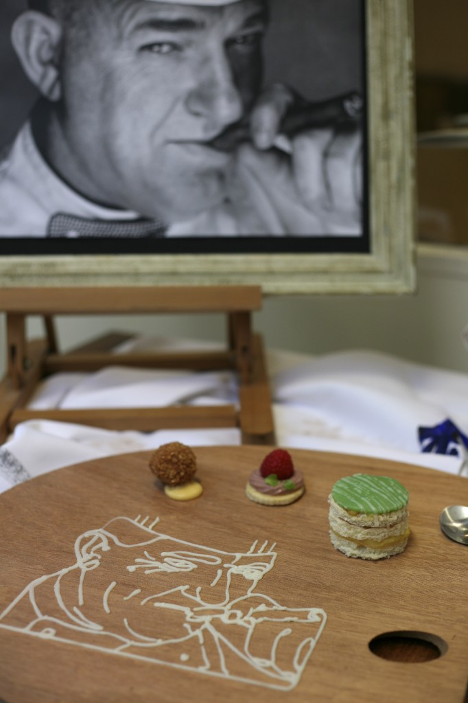 TNO Masterpiece - portrait in creme patissier on palette